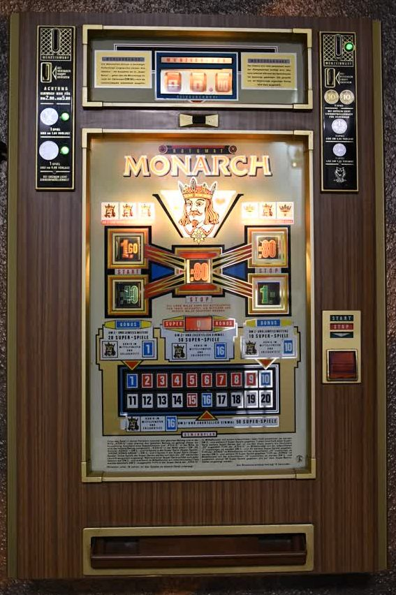 Monarch Spielautomat